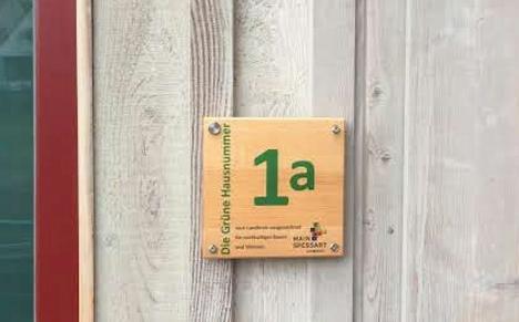 Bild Julkes Grüne Hausnummer