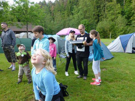 17-05-26 Foto Kinder haben Spaß