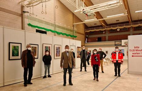 21-03-12 Foto Impfzentrum Künstlerausstellung